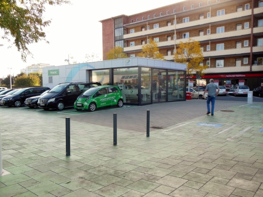 "Hamburgs erster ""switchh""-Point an der Haltestelle Berliner Tor"