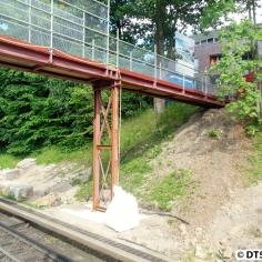 Die Behelfsbrücke...