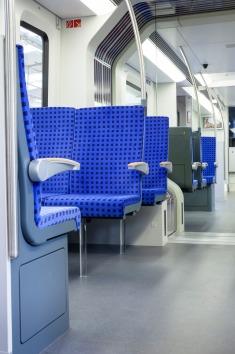 """S-Bahnfahrzeug vom Typ """"ET 490"""" - Vorstellung eines Triebwagenteilmodells"""