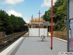 Die Baustelle vom Bahnsteig aus gesehen