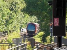 Vor Barmbek kommt der Zug fast zum stehen.