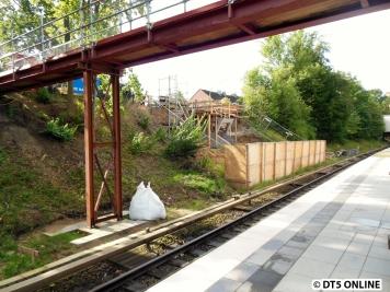 und beide Stellen noch einmal von der anderen Bahnsteigseite