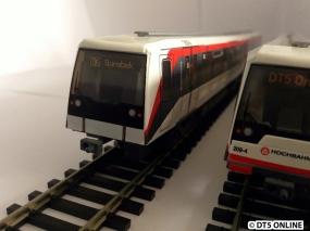 So sieht es dann ohne aus. Die Züge im Miniatur-Wunderland sehen häufig leider so aus. (Es sind die Modelle der ersten Modellserie)