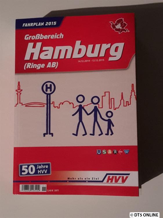Das Fahrplanbuch sieht dieses Jahr so aus. Es kostet 3,40 Euro und ist über 1200 Seiten stark.