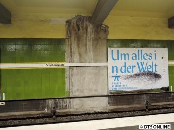 Leider sieht es am Gleis Richtung Hallerstraße immernoch schlecht aus. Grund für dieses Aussehen sei wohl ein Wassereinbruch Schuld, der noch nicht lokalisiert werden konnte. Vielleicht sieht es ab Sommer hier wieder besser aus...