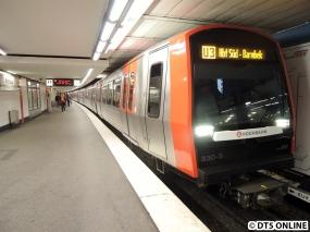 330 in Rathaus (U3 Hbf. Süd - Barmbek)