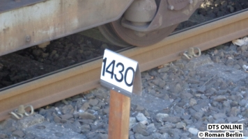 Neu ist das Schild für Meter 1430