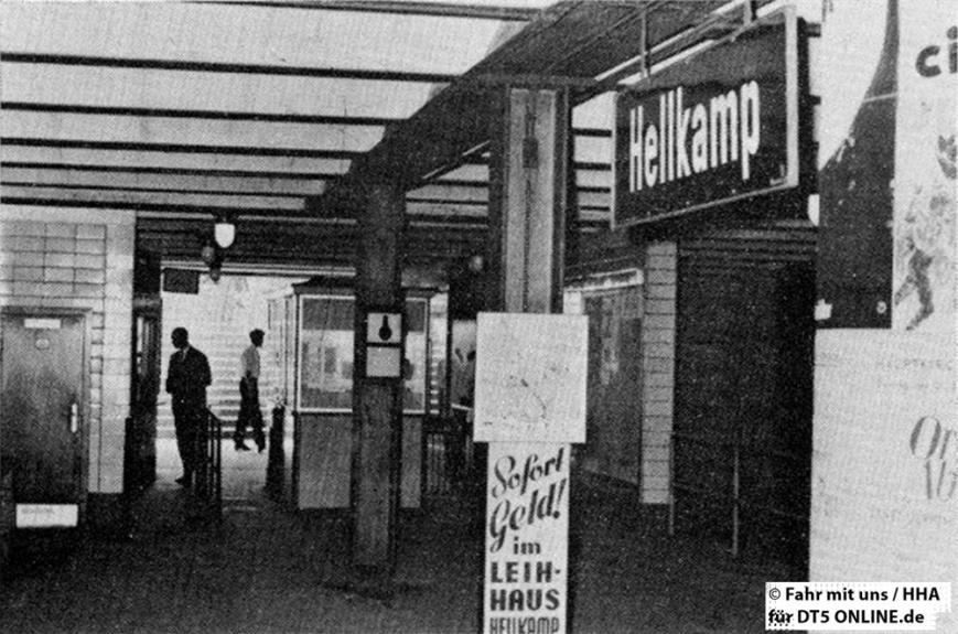 """""""""""Erinnerung"""" an die aufgehobene U-Bahn-Haltestelle Hellkamp. Gleich nach der Stilllegung wurde mit den Abbrucharbeiten begonnen"""" - Foto: HOCHBAHN / Fahr mit uns 2-1964"""