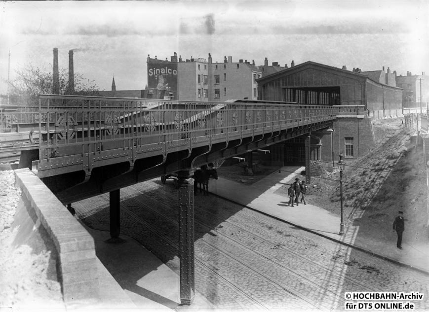 Haltestelle Brückenstraße. Foto: Archiv HOCHBAHN