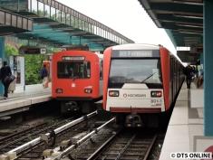 Gruppenfoto DT2-E/DT3-E. Auf den Verstärker ab 9.09 Ohlsdorf folgt der Planzug nach Ohlsdorf, der manchmal auch von einem DT3 geleistet wird.