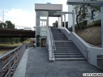 Aufzug zur Legienbrücke, Bahnsteig Richtung Billstedt