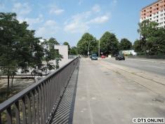 Die Legienbrücke ist auch wieder beidseitig begehbar