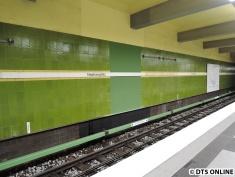 Ausgebesserte Stelle am Gleis Richtung Norderstedt