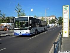 Am Wochenende meines vorletzten Besuchs war Tag der offenen Tür der Bundesregierung, weshalb Shuttlebusse von HavelBus in Berlin fuhren. Dieses Busmodell kommt auch in Hamburg als Schnellbus zum Einsatz.