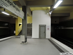 Das Baufeld am Bahnsteig