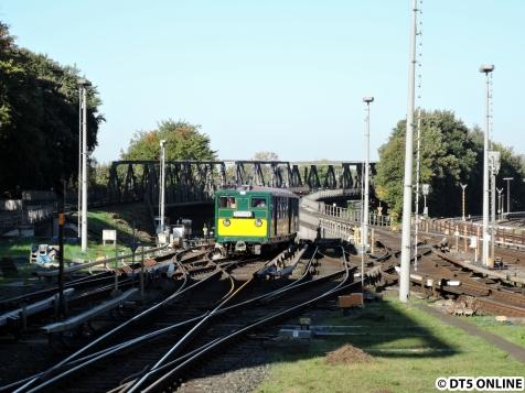 T-Wagen-Zug verlässt Barmbek (2)