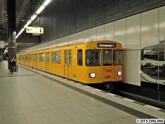 4-Wagen-Zug am Hauptbahnhof
