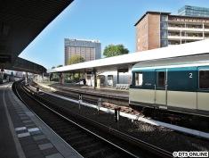 ...und der Zug fährt los in Richtung Hauptbahnhof