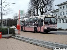 Teufelsbrück, Fähre. Hier hat die 39 ihr Linienende. Zum Fotografieren stehen wir aber an der Haltestelle der E86