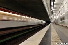 Ausfahrt aus der Haltestelle