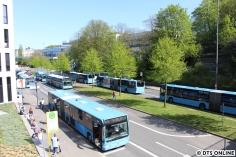 Der Bahnhof Ohligsmühle ist der zentrale Busumsteigepunkt, zahlreiche Buslinien fahren hier ab. Der Hauptbahnhof ist eine Haltestelle weiter, allerdings wird dort im großen Stil gebaut.