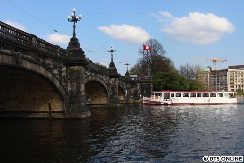 Die Saselbek der Altertouristik an der Lombardsbrücke