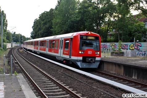 Dritter durchgängiger Zug heute: 4007