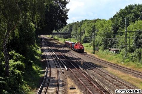 Gezogen von einer Gravita erreicht der DT5 am späten Vormittag Hamburg-Rübenkamp.