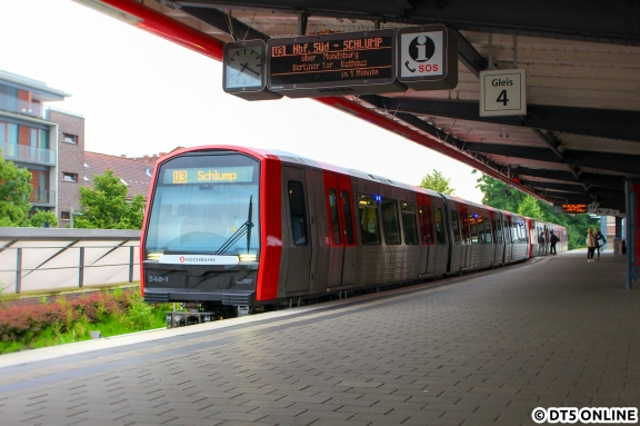 348 in Barmbek (U3 Schlump)