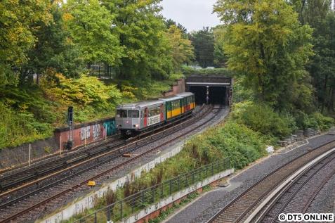 Der Morgen begann mit einem Foto des TU2+220+11-Gespanns, welches gerade die Haltestelle Lübecker Straße durchfahren hatte