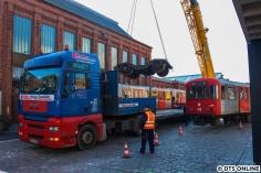 Zurück in Hamburg wurde ein Drehgestell und ein Mittelwagen verladen.