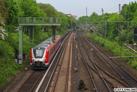 Tags darauf 9104 zwischen Dammtor und Sternschanze, von der Rentzelstraße aus fotografiert.