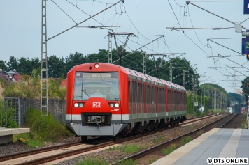 474 134 erreicht als S31 nach Stade den Haltepunkt Neu Wulmstorf.