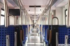 Und mit bisschen mehr Zoom, jeder Zug ist durchgängig begehbar.