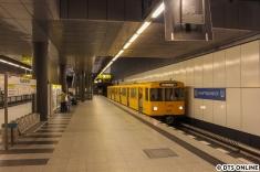 Der letzte U55-F-Zug am Hauptbahnhof