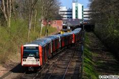 DT3 871 auf dem Gleiswechsel