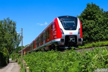 Jannik Scharff fotografierte den 490 007 auf der nächsten Runde noch einmal in Langenfelde.