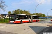 In Billstedt hielt ich dann den MAN-Gelenkbus 7460 auf dem U2-SEV fest.