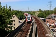 Auf der Rückfahrt von Neugraben zeigte sich 490 507 bei bestem Licht vor dem Tunnelportal Heimfeld.