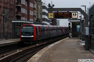 379 in Rödingsmarkt (U3 Wandsbek-Gartenstadt)