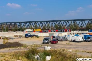 Leider kam der Zug kein drittes Mal in den neuen Bahnhof Elbbrücken.