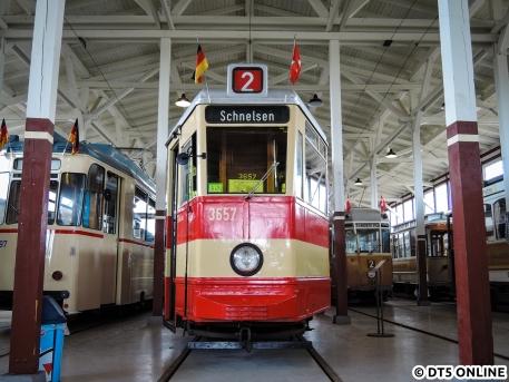 Im dänischen Straßenbahnmuseum Skjoldenaesholm befindet sich der Wagen 3657, welcher die letzte planmäßige Fahrt einer Hamburger Straßenbahn durchführte. Gebaut wurde er 1952.