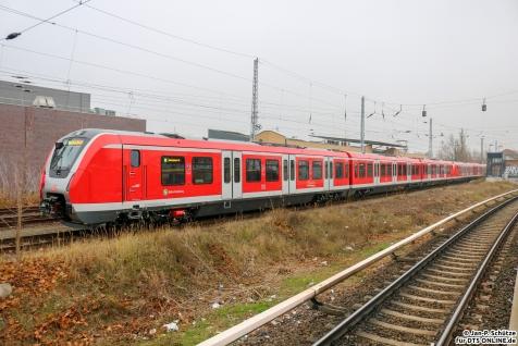 490 109+490 108 stehen am 23.11.2018 in Hennigsdorf und warten auf den Beginn ihrer Testfahrt