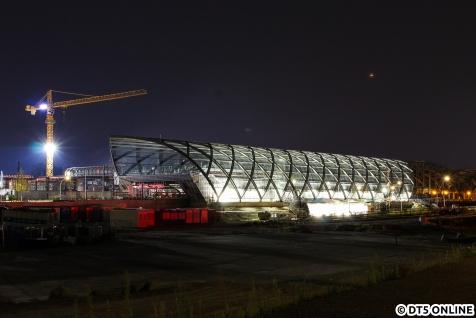 Dann folgten mehrere Nacht-Touren: Am Morgen des 8. August entstand diese Langzeitbelichtung der U4-Baustelle Elbbrücken.