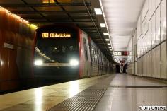 Zum Abschluss machte ich nicht nur Bilder aus dem Bahnhof Elbbrücken, sondern auch eines von einem so beschilderten Zug - erst seit heute zu sehen.