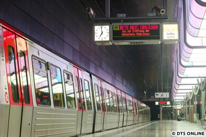 U4 BITTE NICHT EINSTEIGEN bis zur Eröffnung der Haltestelle Elbbrücken - morgen früh ist es so weit.