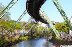 Ein weiteres (zugegebenermaßen ähnliches) Bild, von der Station Werther Brücke, sie wurde neu aufgebaut im alten Stil.