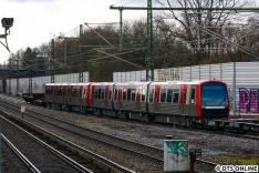 402 + 403 beim Umsetzen der Lok am Rübenkamp, offiziell steht er in Hamburg-Barmbek (ABAG).