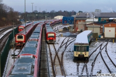 Einige Kapitel nahmen allerdings ihr Ende. Am 20. Januar standen der A- und C-Wagen des ehemaligen Museumszuges 471 062 zur Verschrottung in Ohlsdorf bereit. Ende Februar wars dann soweit. Was mit dem dritten Wagen passierte, zeige ich weiter hinten.