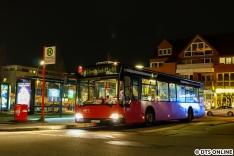 Aufgrund von Personalengpässen war die VHH für eine kurze Zeit auf festen Kursen im Auftrag der Hochbahn unterwegs. So zB mit diesem Citaro aus dem Jahr 2005 in alten VHH-Farben. Dieser Tage wurde er dem Vernehmen nach endgültig abgestellt. Schade, dass diese klassischen Farben von Hamburgs Straßen verschwinden.